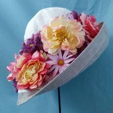 Summer hat floral